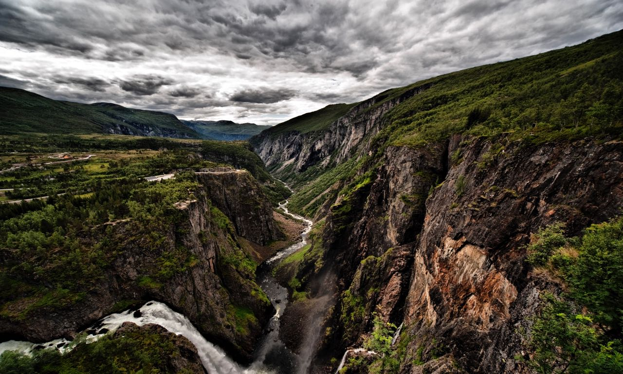 Eidfjord-sightseeing-av-Geir-Yngve-Kristiansen