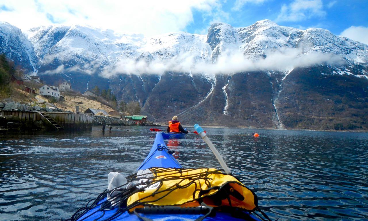 Kajakkpadling-påsken-av-Flatearth-Adventures